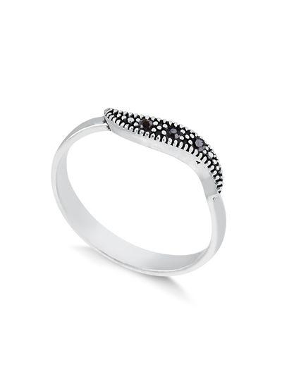anel-em-prata-925-com-pedras-negras