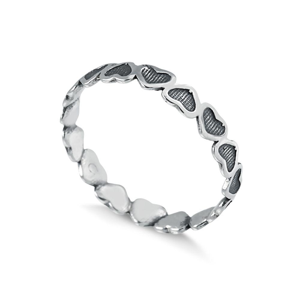 anel-com-detalhes-em-coracao-em-prata-925