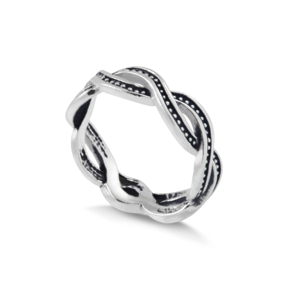Anel-entrelacado-com-fio-de-zirconias-negra-em-prata