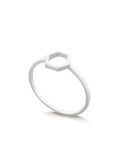 Anel-com-design-hexagonal-centralizado-em-prata-925